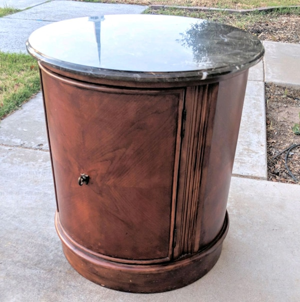 Enjoyable Stanley Furniture Round Barrel End Table Cabinet Download Free Architecture Designs Intelgarnamadebymaigaardcom
