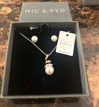 Nic & Syd - Earring and Necklace Set  Toronto, M5A 4P9