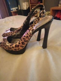 Super high GUESS women high heels  Niagara Falls, L2E 4T1