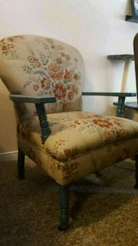 brown and red floral padded armchair Barrie, L4N 1L9