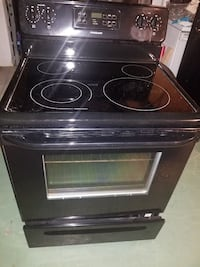 black and gray induction range oven 791 mi