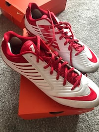 Nike Cleats Size 12.5 Kenmore, 14217