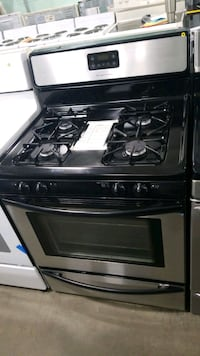 Frigidaire natural gas Stove 30inches.  Hempstead, 11550