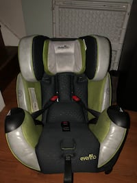 Car seat in great condition.