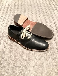 Men's Cole Haan wingtips paid $235 Size 11 great condition! Oxford Dress shoes