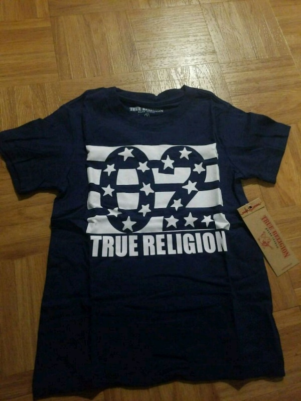 Nwt true religion kids t shirt size 4 and 5 and 6 c6f62812-3684-4e25-9443-1884dde92bf2