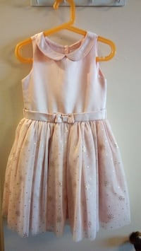 Girl dress size 4T/5T