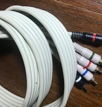 Video and audio cables 6 feet New Carrollton, 20784