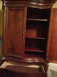 Solid Oak Armoire negotiable Gainesville, 20155