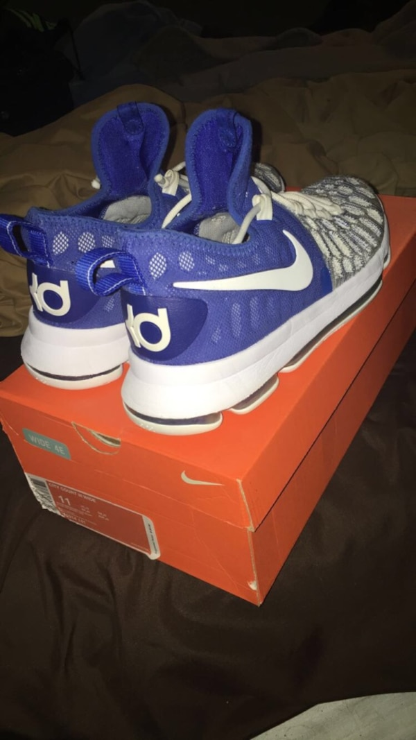 blue-white-gray Nike Kevin Durant basketball shoes with box