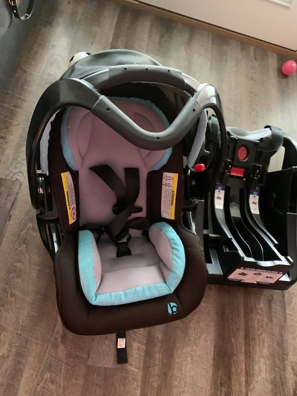 Two baby essentials babytrend stroller and car seat removable  f2a34622-d721-4972-9445-45e431a19821