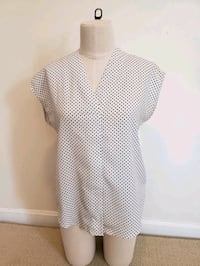 Women's Top Size Small