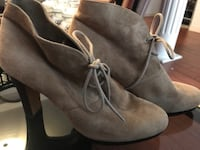 Tan suede booties size: 9 Mississauga, L5V 1S3