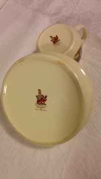 Bunnykin collectible baby dishes. Excellent condition. Ottawa, K1L 8G9