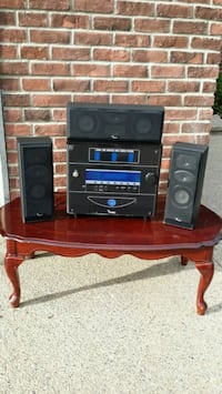 STEREO SYSTEM *(WITH 3 SPEAKERS)*
