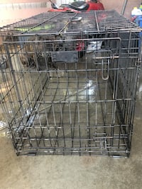 Black metal folding dog crate Sacramento, 95824
