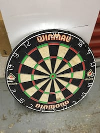 Dartboard and darts set