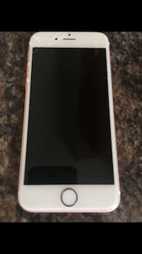 Rose gold iPhone 6s- 64gb South Frontenac, K0H