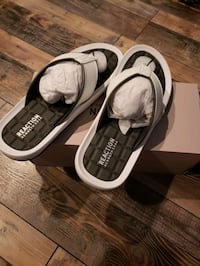 Brand New Kenneth Cole Slippers Size 10 Men's
