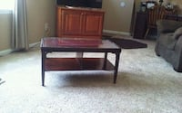 Antique coffee table with glass top & bottom shelf Hatfield, 19440