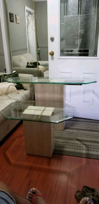 Marble glass top coffee table/corner table Surrey, V3S 7K9