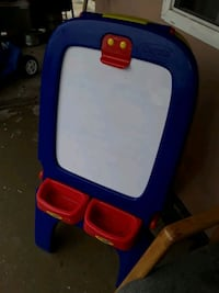 blue and white plastic easel El Centro, 92243