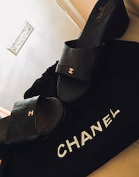 CHANEL Wedged slip-on sandals size 37