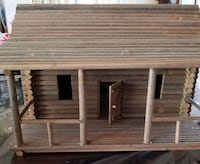 Miniature hand made log cabin Ottawa, K2K 1S4