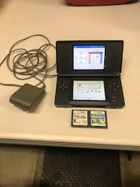 Black nintendo ds with charger Corona, 92880