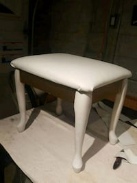 Beautiful white and gold wooden stool Toronto, M1W 2L4