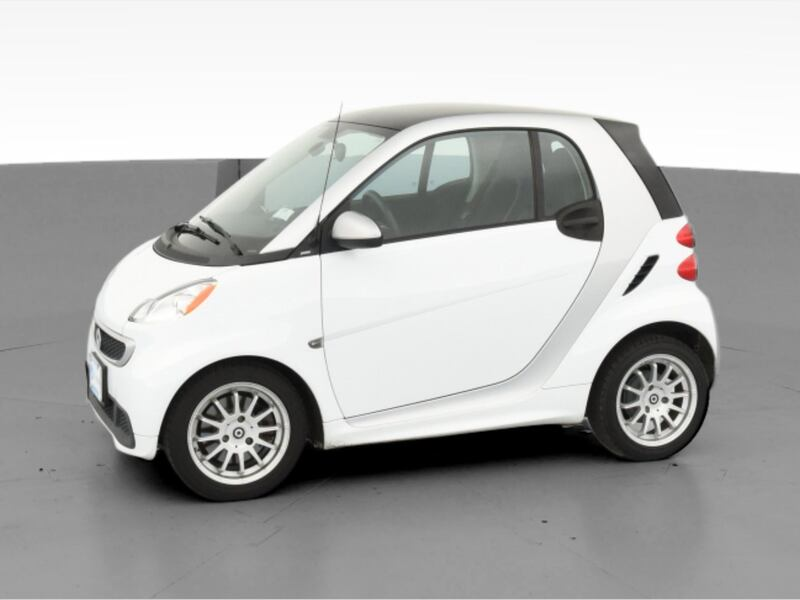 2013 smart fortwo coupe Pure Hatchback Coupe 2D White  dfb59a41-807b-4978-8530-ea70bb62409e