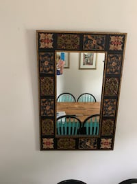 MOVING IT HAS TO GO  - large & HEAVY mirror Woodbridge Township