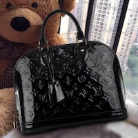 NEW GENUINE LEATHER BLACK HANDBAG Laurel, 20707