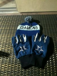 blue-and-white Dallas Cowboys bobble hat and gloves set Las Vegas, 89147