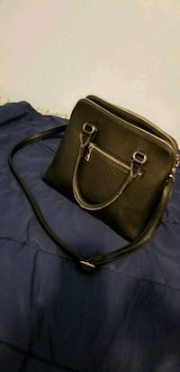brown leather 2-way handbag Markham, L3T 3V6