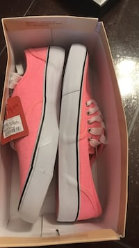 Pink brand new asking $10 retails $19.99 plus tax. Size 10 London, N6H 5W6