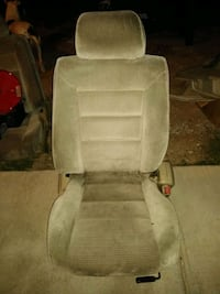Front seats out of a 1990 Honda Accord Coupe Las Vegas, 89113