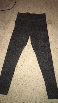 yoga pants size xs/s Bakersfield, 93312