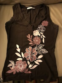 Size small tank top Vancouver, V6J 5G3