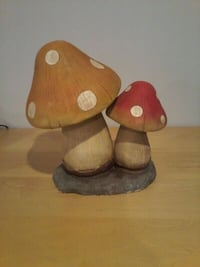 Garden Decoration mushroom Vaughan, L4H 2C2