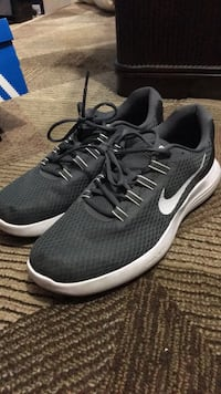 pair of gray Nike running shoes Hunters Creek Village, 77024