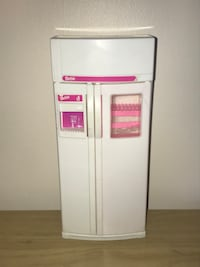 $4 Barbie Vintage Fridge