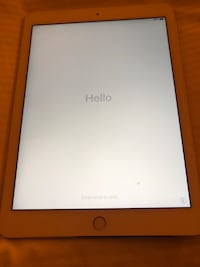 iPad 4th generation in perfect condition locked on Icloud unfortunately best for spare parts Williamsburg, 23188