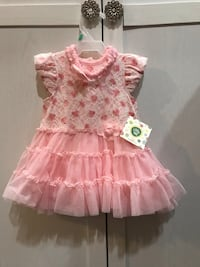 girl's pink and white floral dress Burnaby, V3N 2S4