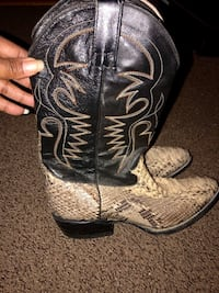Tequila snakeskin cowboy boots Fort Washington, 20744
