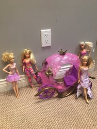Barbie dolls and carriage Surrey, V4N