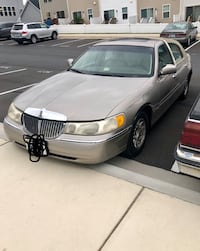 Lincoln - Town Car - 1999 Clarksburg, 20871