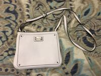 Nine West purse 862 mi