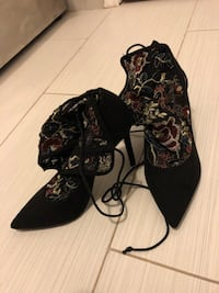 Shoes never worn