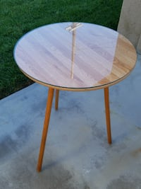 round table with glass top Los Alamitos